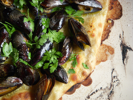 Name:  mussel-pizza.jpg