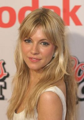 Click image for larger version.  Name:Picture-Sienna-Miller-17.jpg Views:664 Size:19.0 KB ID:141210