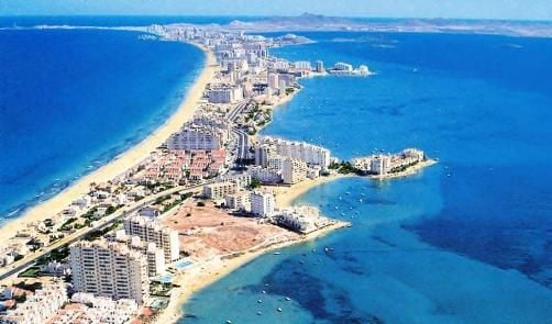 Name:  La-Manga-Club-Del-Mar-Menor-Spain-Self-Catering-Rental-Apartment-What-To-Do-21-Pleasure-Flights.jpg