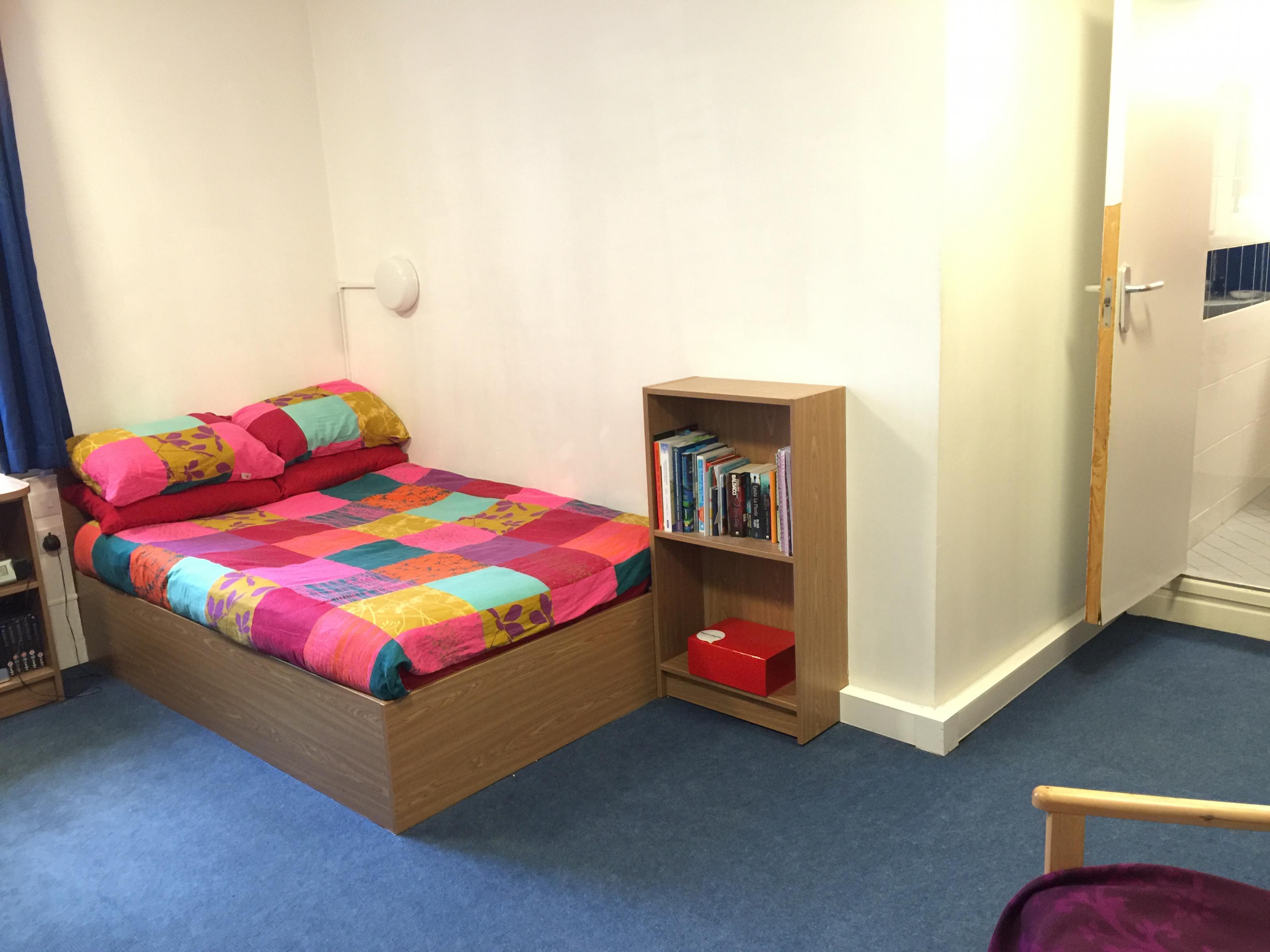 Name:  bedroom 1.jpg Views: 25 Size:  495.4 KB