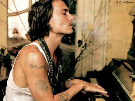 Name:  johnny-depp-piano-smoke-thumb-450x337-20970.jpg Views: 1256 Size:  112.8 KB