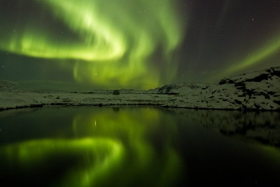 Name:  iceland-aurora-120125.jpg