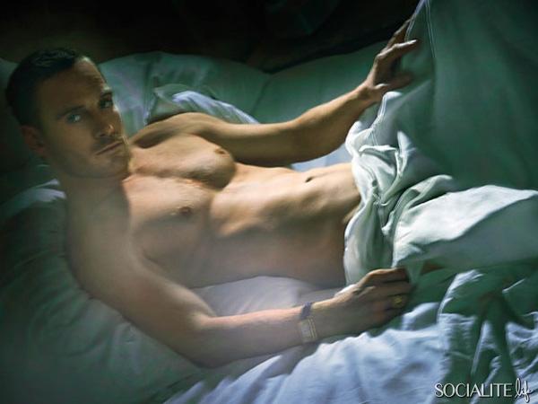Name:  michael-fassbender-shirtless-w-magazine-01192012-01-600x450.jpg Views: 97 Size:  124.3 KB