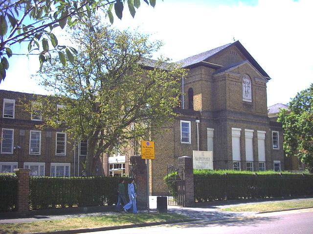 Name:  le-retraite-rc-girls-school-atkins-road-balham-28271.jpg Views: 132 Size:  110.5 KB