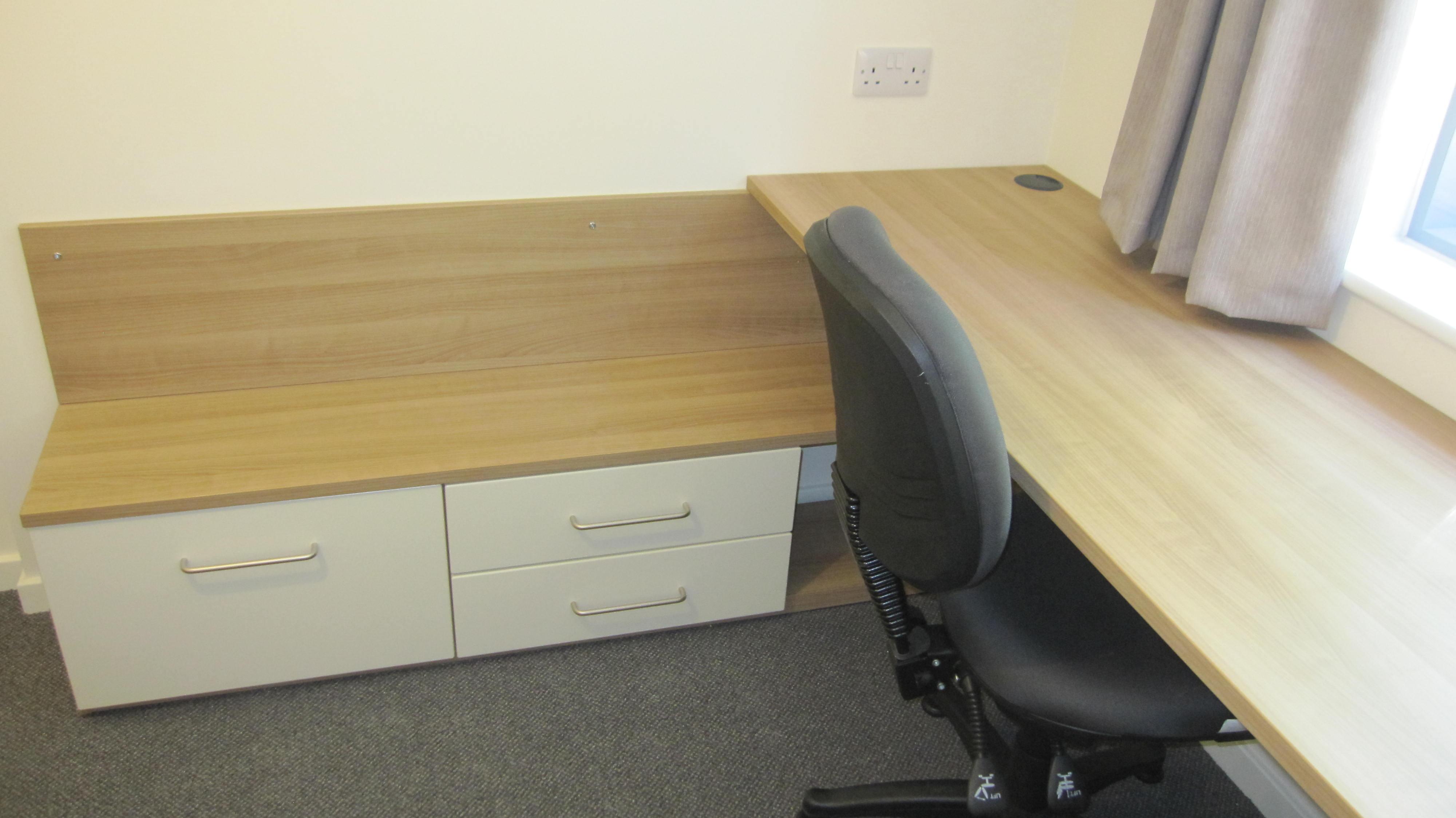Name:  Ensuite Desk.JPG Views: 6339 Size:  470.5 KB