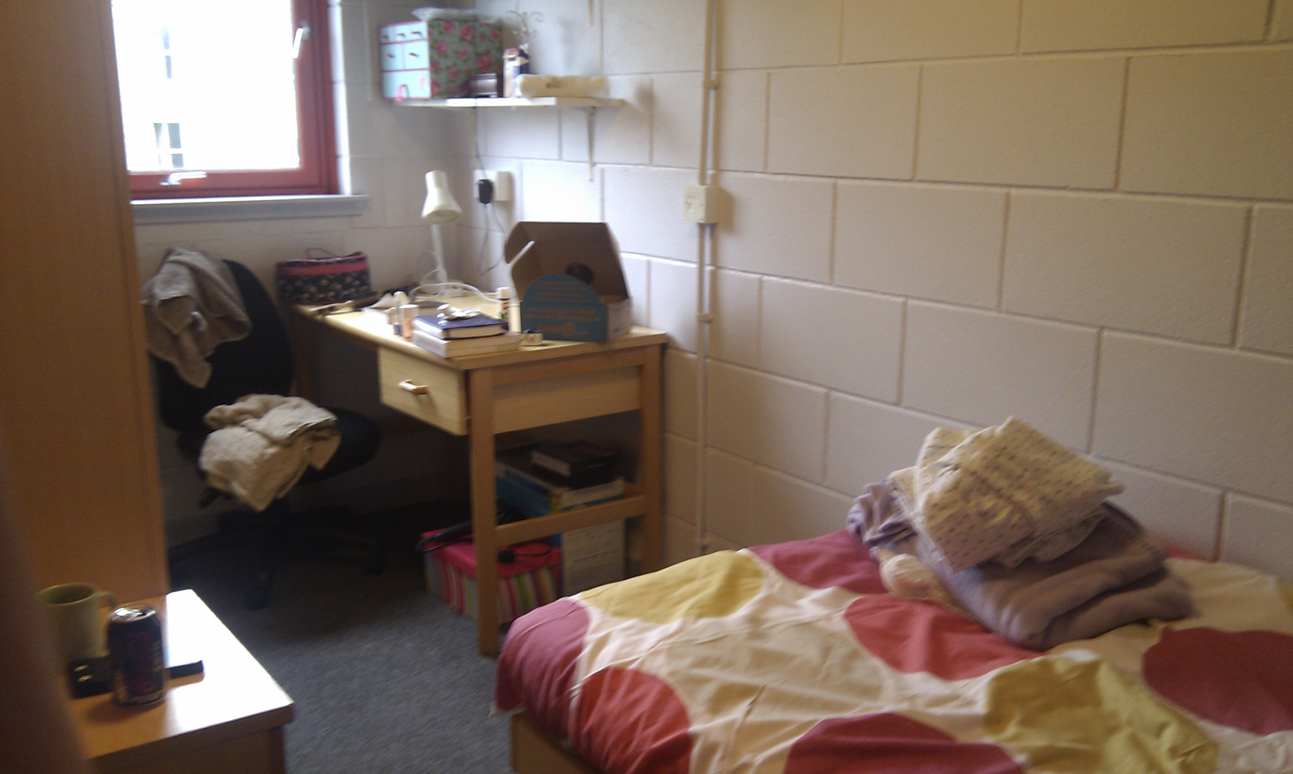 Post Pictures Of Your Dorm Room Page 154 The Student Room