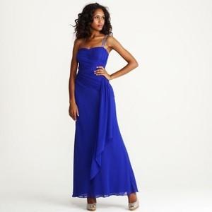 Name:  dress 2010.jpg Views: 716 Size:  10.7 KB
