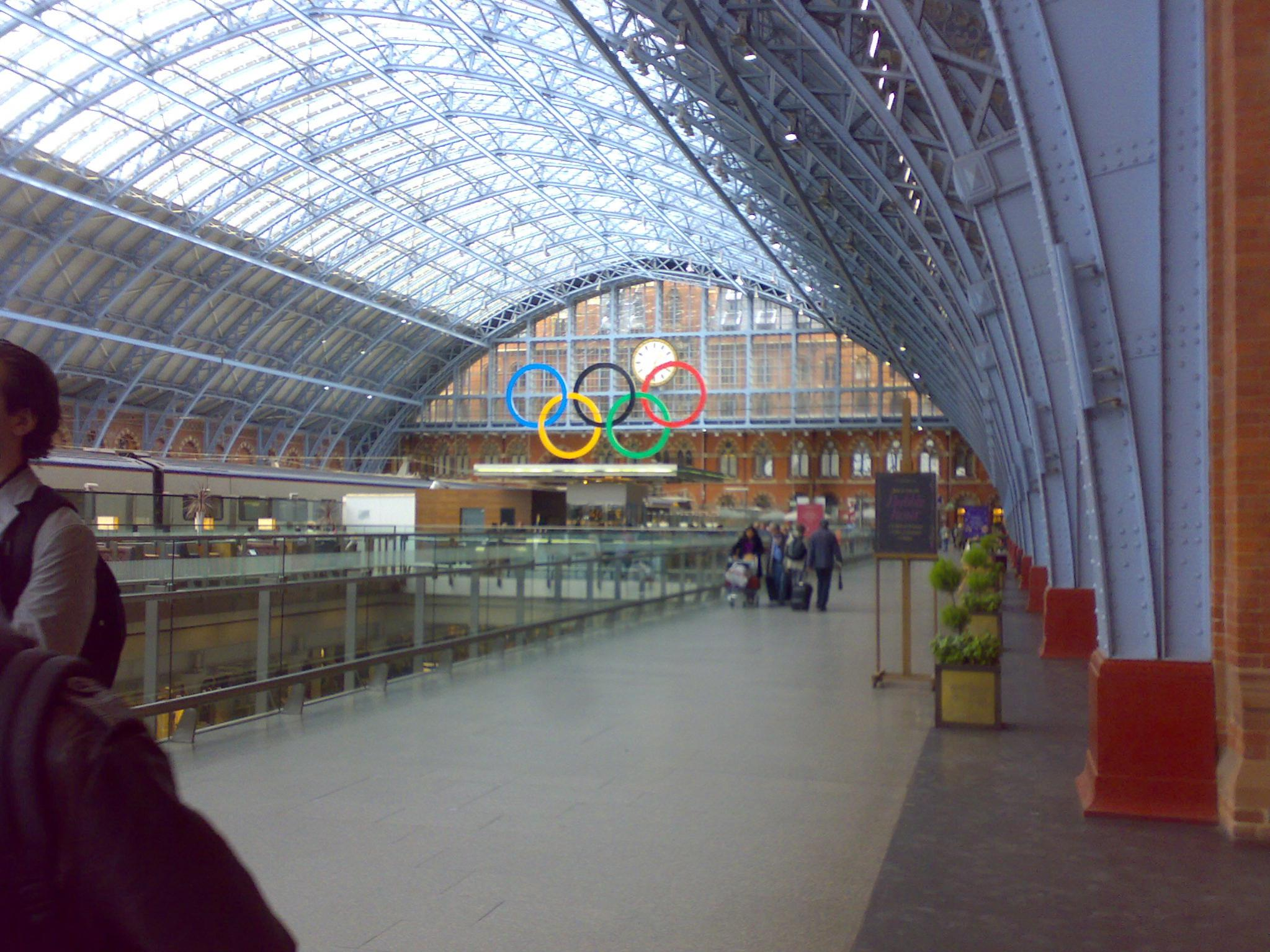 Name:  London St Pancras International.jpg