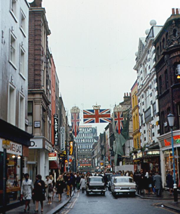 Name:  London_-_Carnaby_Street_(1968)_(2698850060).jpg Views: 596 Size:  178.2 KB