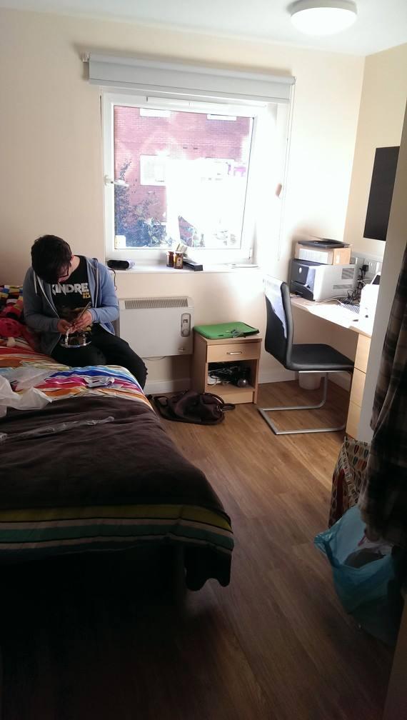 Student Room Leeds