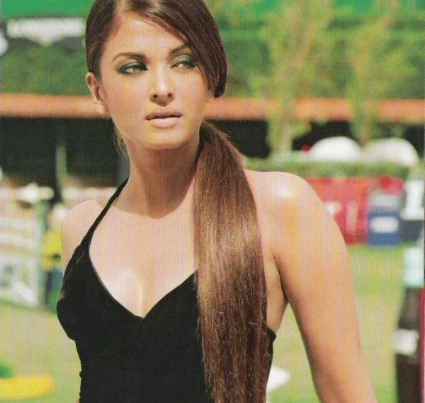 Name:  Aishwarya rai's olive green & brown smokey eyes.jpg Views: 3326 Size:  45.5 KB