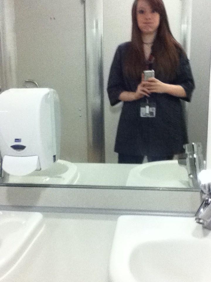 Name:  uniday bathroom selfiieeee.jpg Views: 158 Size:  140.2 KB