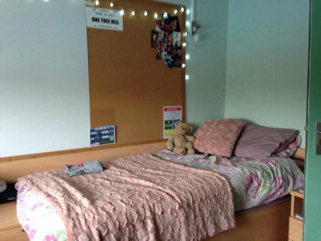 Name:  ImageUploadedByStudent Room1440419916.314183.jpg Views: 282 Size:  165.9 KB