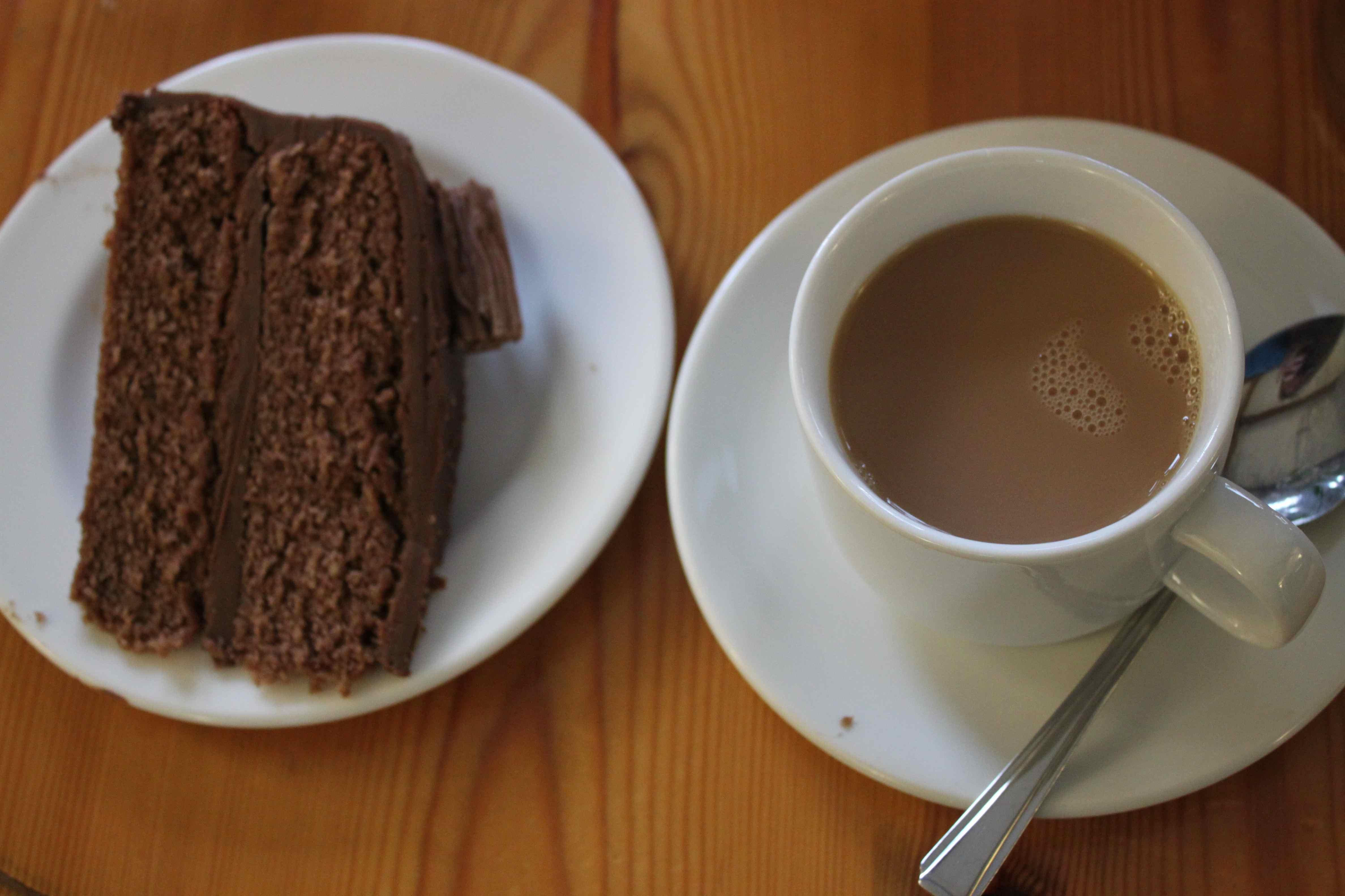 Name:  chocolate-cake-and-tea.jpg Views: 148 Size:  313.2 KB