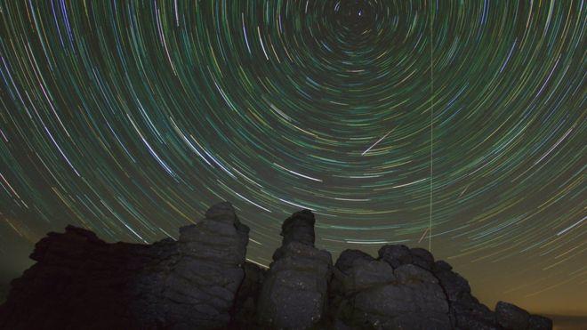 Name:  dartmoor meteors.jpg Views: 19 Size:  43.4 KB