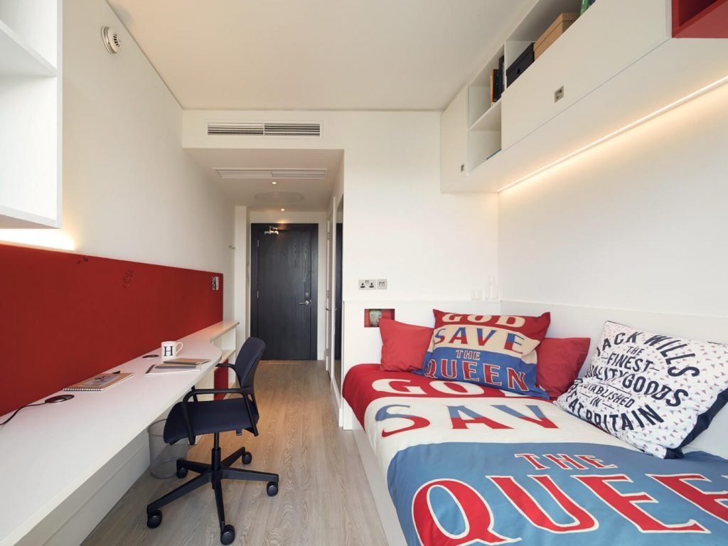 Name:  En-Suite Room,.jpg