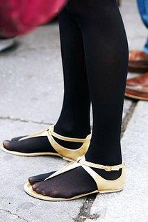Name:  0924-dont-sandals-tights_li-701373 - Copy.jpg Views: 31 Size:  14.7 KB
