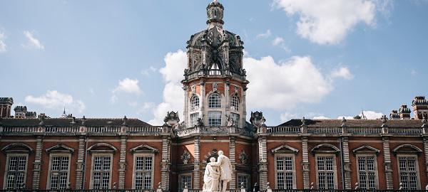 Royal Holloway, University of London applicants chat and FAQ