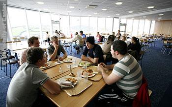 File:Exeter-hall 2 University-of-Exeter.jpg