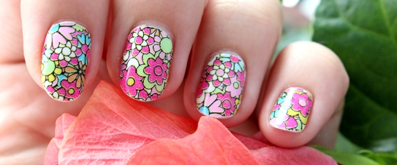 File:Creative nails.jpg
