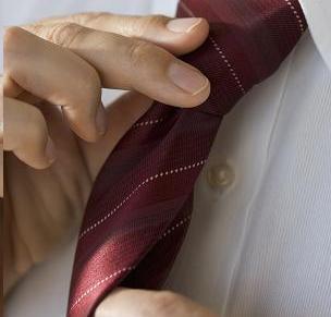 File:Adjusting tie2.JPG