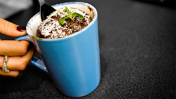 File:Choc-cake-in-mug.jpg