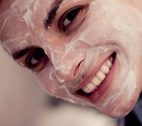 File:Face mask girl.jpg