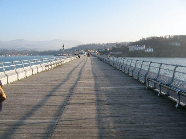 File:Bangor Pier.jpg