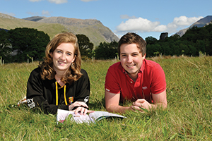 File:Bangor University is close to Snowdonia National Park.jpg