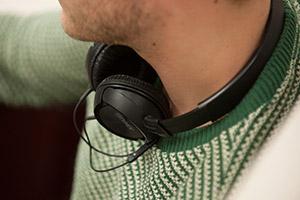 File:Listeningtomusic.jpg