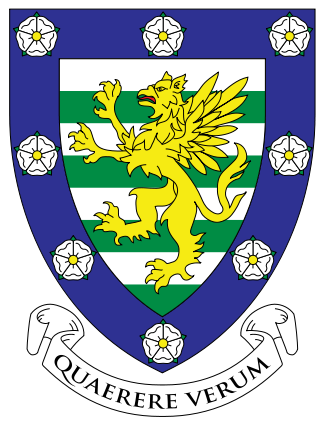 File:Downing crest.png