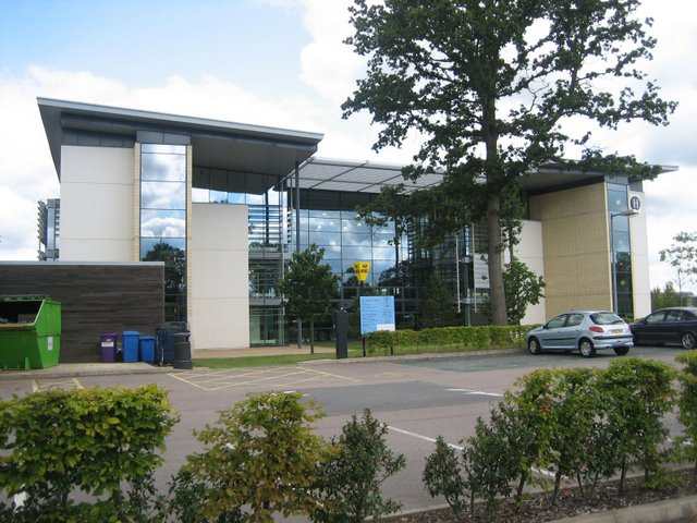 File:Hertfordshire university.jpg