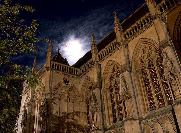 File:Chapel Night.jpg