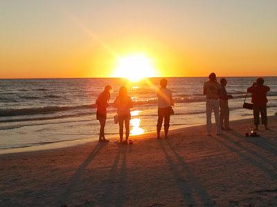 File:Sunsetfun.jpg