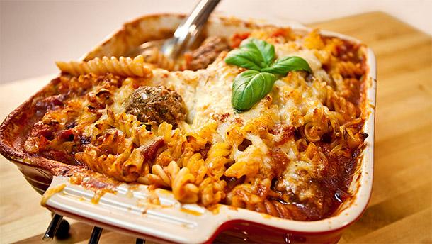 File:Meatball-pasta.jpg