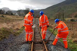 File:Network-Rail-apprentice-scheme-image-3.jpg