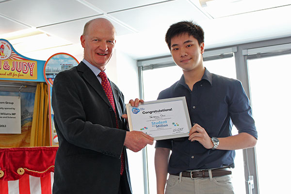Jeremy Chui, nominee in the TSR Superstar category of the TSR Student in a Million awards, receives his certificate from David Willetts.