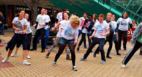 File:Flashdance degreeshow2012.jpg