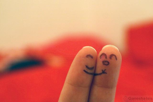 File:Happy fingers.jpg