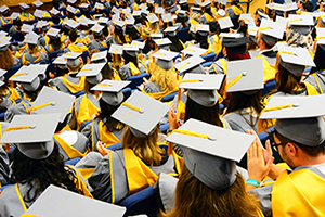 File:2RS13728 Graduation-2014-Tuesday-241.png