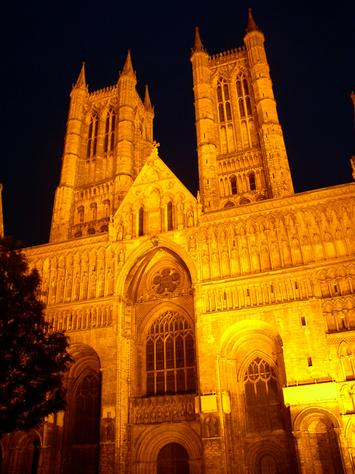 File:LincolnCathedral.jpg