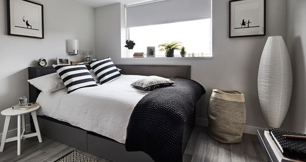 File:Bed bottom 1.jpg
