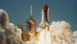 File:Space Shuttle Challenger (04-04-1983) pod.jpg