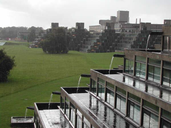 File:UEA campus.jpg