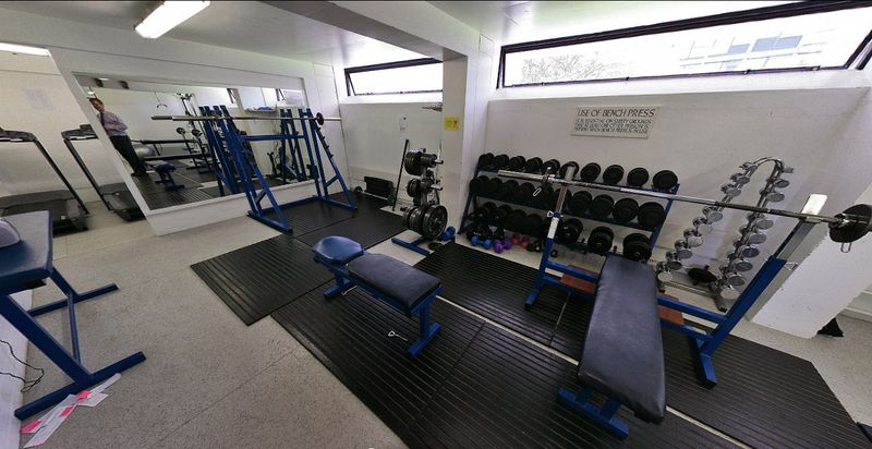File:Wolfson Ox - Gym.jpg
