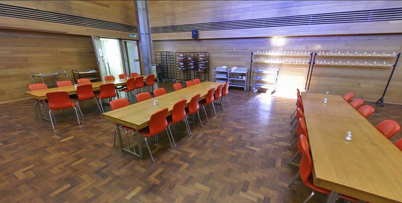 File:Wolfson Ox - Hall.jpg