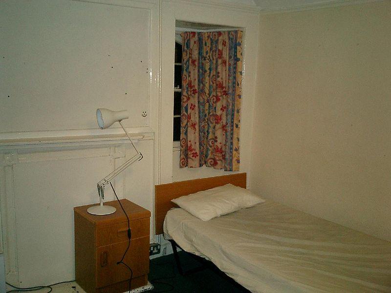 File:Pembroke band d room 1.jpg